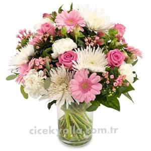 Pembe Mevsim Çiçekleri