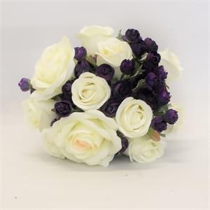 Beyaz Mor Gelin Çiçeği