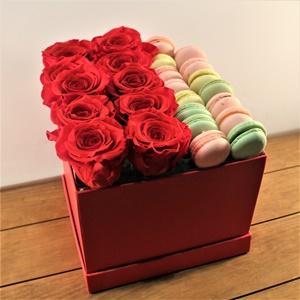 Sürpriz Kırmızı Güller ve Makaron
