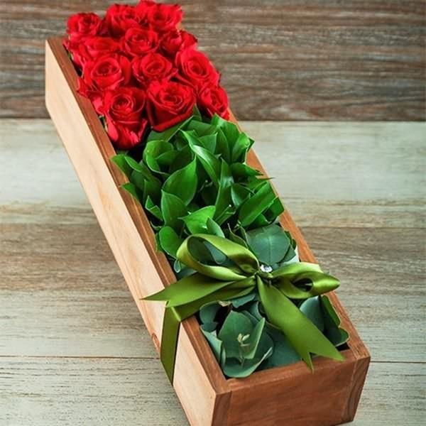 Aşk Sepeti 12 Kırmızı Gül