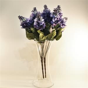 Cam Vazo İçerisinde Yapay Mor Leylak Çiçek Arajmanı
