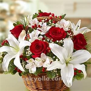 Yılbaşı Güllü Çiçek Siparişi
