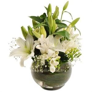 Içel Sevgiliye Çiçek Siparişi