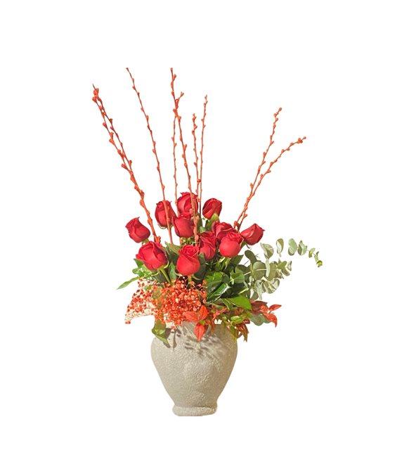 Kalb Vazoda Kırmızı Güller