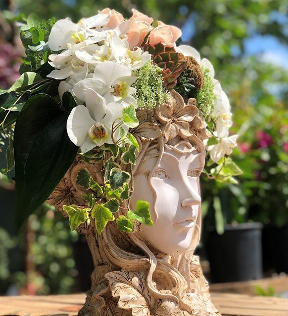 Malin Beyaz Orkideli Helen Serisi